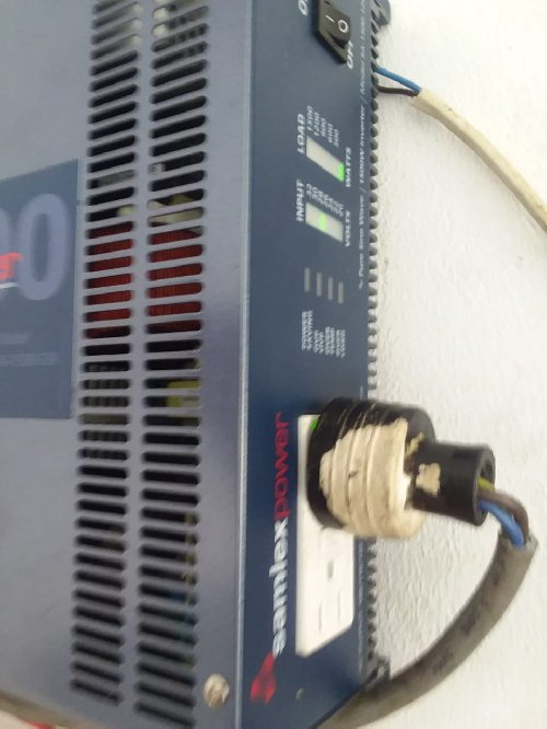 24v 1500 Watts Samlex Inverter