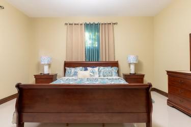 2 Bedroom Apartment For Rent Short Term Apartments Annette Crescent