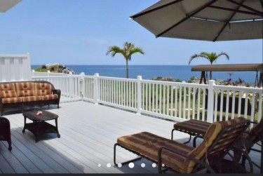 2 Bedroom 2 1/2 Bathroom West End Vacation Home
