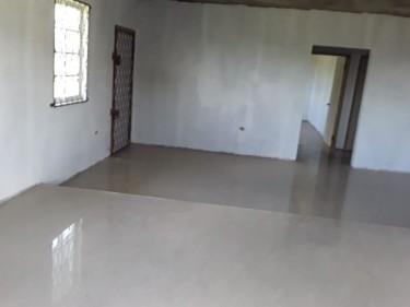 SPLIT LEVEL INCOMPLETE 5 BEDROOM HOUSE