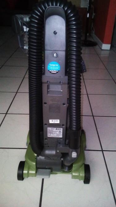 Brand New Carpet Cleaner