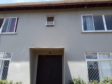 3 Bedrooms 3 Bathrooms  Duplex In Knockpatrick