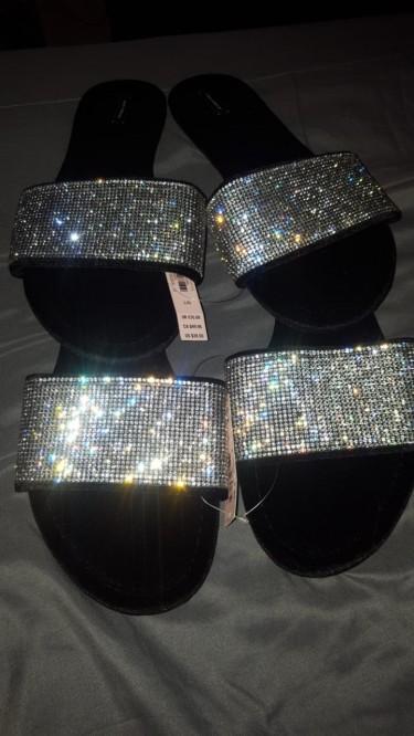 Victoria\\\'s Secret Velvet Black Rhinestone Slippers