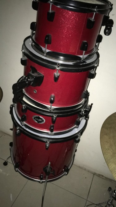 Crush Complete Drum Kit W/ Hardware