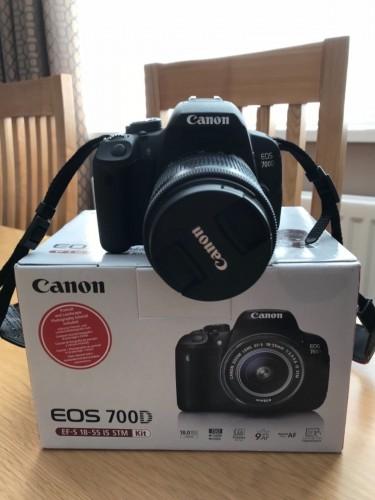 Brand New Canon EOS 700D DSLR Camera Body W/kits