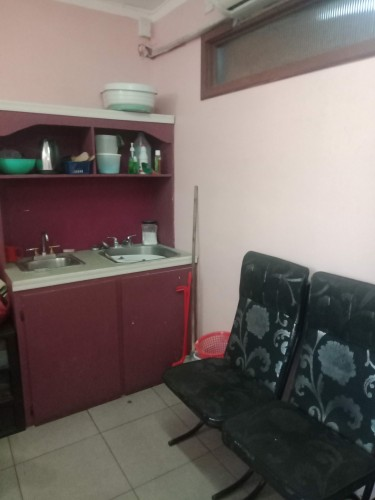 Large Shop With 2 Rooms & Waiting Area. 400 Sq Ft
