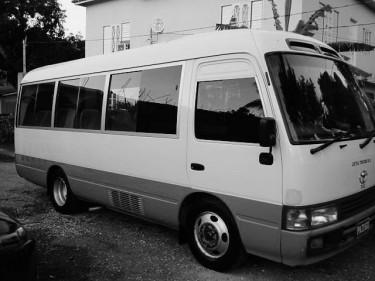 2004 Coaster Bus