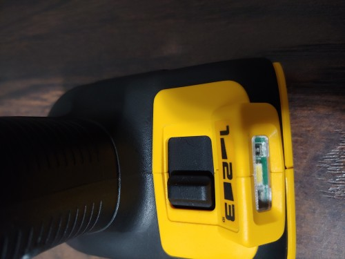 DeWalt 1/2 Inch Impact Wrench Battrey Power
