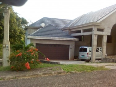 5 Bedroom House In Gated Community