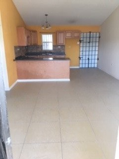 3 Bedroom, 2 Bathroom House For Rent