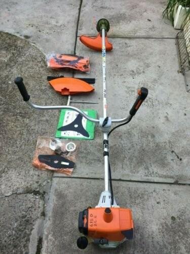 STIHL FS250 HEAVY DUTY WEEDWHACKER LIKE NEW Tools Half Way Tree