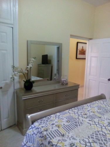 3 Bedroom 2 Bath Apartment Red Hills, St. Andrew