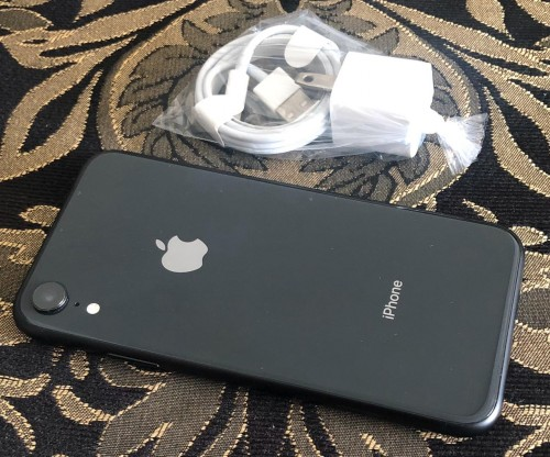 Brand New In Box Samsung, IPhone & Macbook