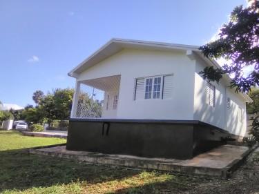 2 Bedroom House Houses Junction