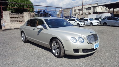 2011 BENTLEY CONTINENTAL FLYING SPUR Cars Yummi Motors: 55 - 57 Hagley Park Road, St Andrew