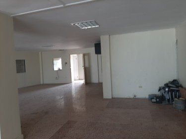 Commercial Office -1300 Sq Ft