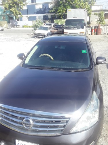 2011 NISSAN  TEANA  Cars UPPER Waterloo Road
