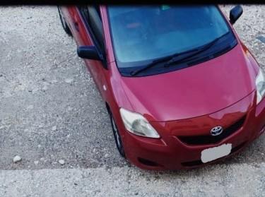 2011 Toyota Yaris Cars Kingston
