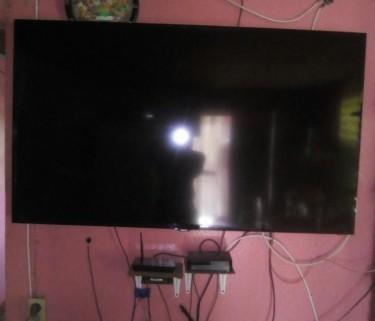 58 Inch Samsung Smart TV For Sale