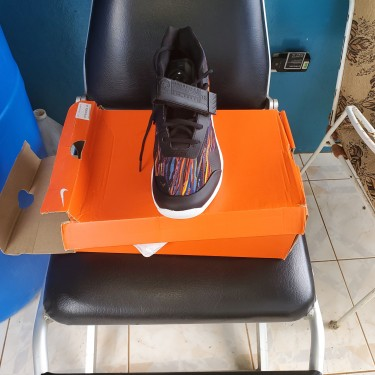 Nike Air Force Max..Size 9.5