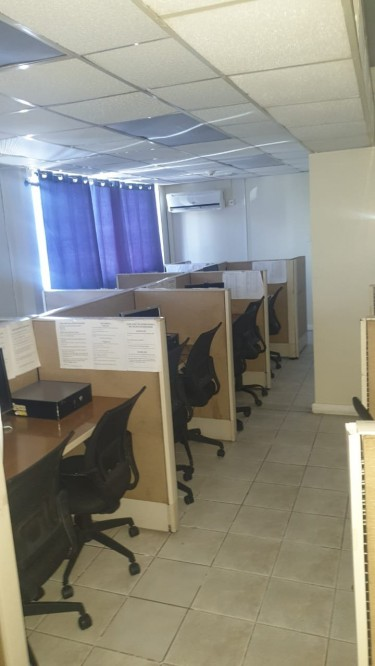 Computers-Office Chairs & Cubicles Etc.