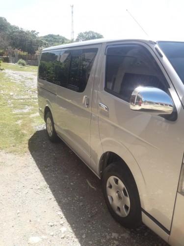 2013 Toyota Hiace (PRICE DROP)
