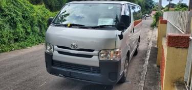 2015 Toyota Regiuace (Hiace) Buses Whitehall