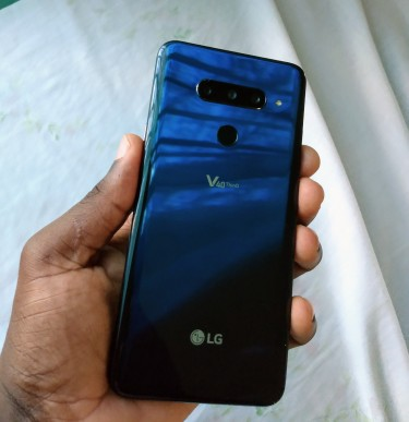 LG V40 10/10 Just MINT Phones Downtown