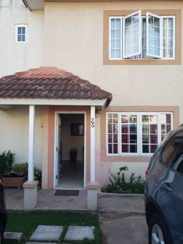 Attractive 3 Bedroom Townhouse Townhouses Long Mountain