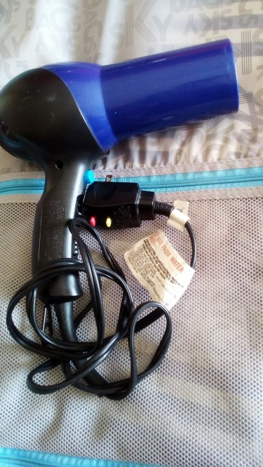 Conair Hair Dryer Is For Sale - 3 Modes