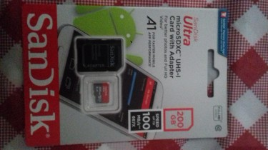 200 GB San Disk SD Card(NEW)+Adapter!