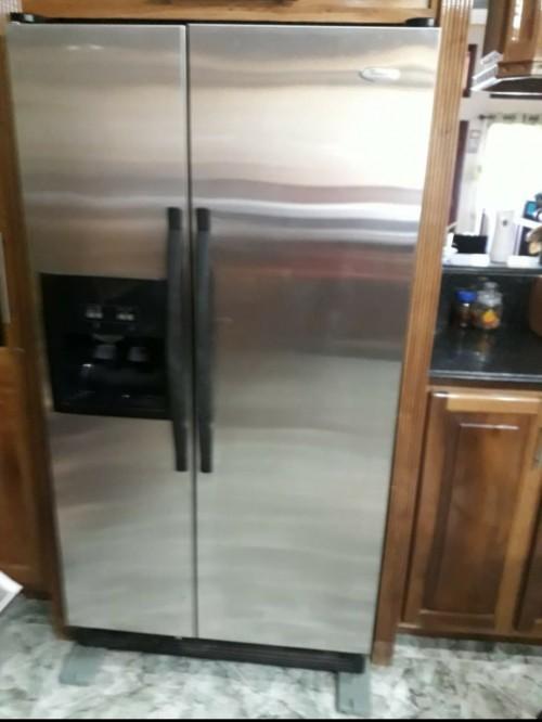 Stainless Steel Ice Maker Double Door Fridge