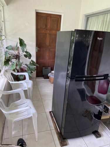 Whirlpool Refrigerator (11 Cu. Ft)