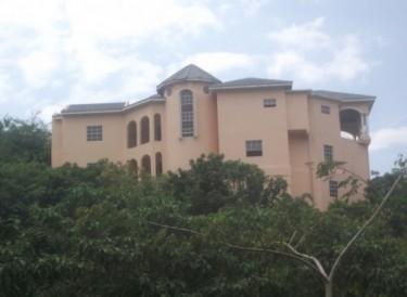 Ocean View Super Large 5 Bedrooms In Duncan Hills Houses Duncan Hills