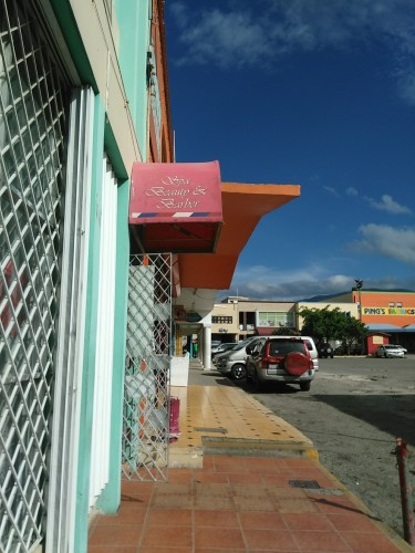 A Very Large Shop (1,500 Sq Ft) In Busy HWT Plaza Shops Half Way Tree