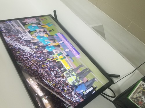 32 Inch Samsung Smart TV