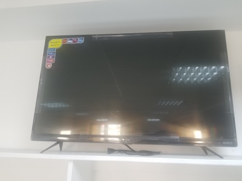 43 Inch Blackpoint Smart TV