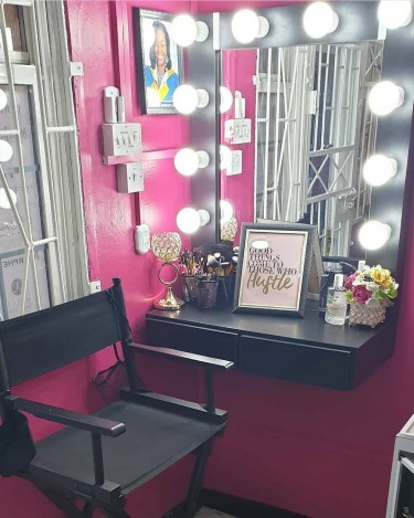 Makeup Booth For Rent