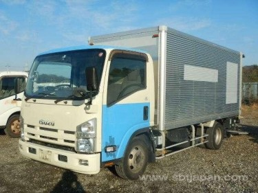 2013 Isuzu Elf  Trucks Spanish Town