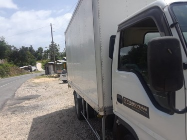 RELIABLE AND SECURE TRUCK FOR DELIVERY & REMOVAL Removal Services HADOU