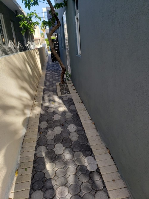 2 Bedrooms Townhouse NEWLY RENOVATED