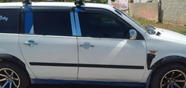 2005 Toyota Succeed ( Probox)