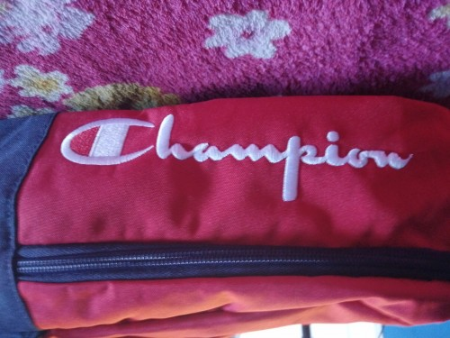 Champion (with Lunch Kit)