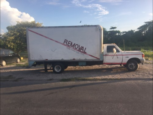 BIG REMOVAL TRUCK