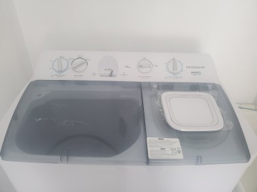 Frigidaire Twin Tub Washing Machine