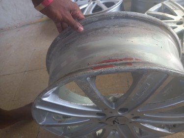 18 Inch Rims... One Has A Small Damage