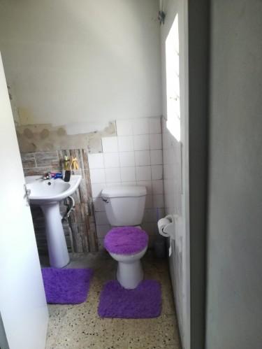 1 1/2 Bedroom NO Kitchen