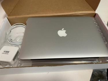 2013 Apple Mac Book Pro