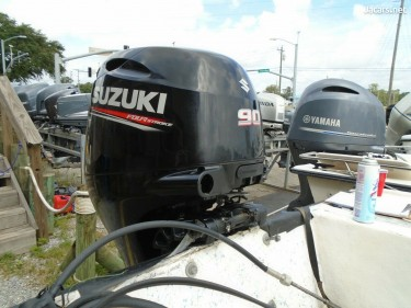 Suzuki 225HP/250HP/300HP/200HP/90HP Outboard 2-Str