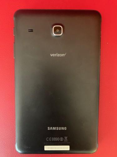 """4G LTE Unlocked 8"""" Samsung Galaxy Tab E With 16GB"""